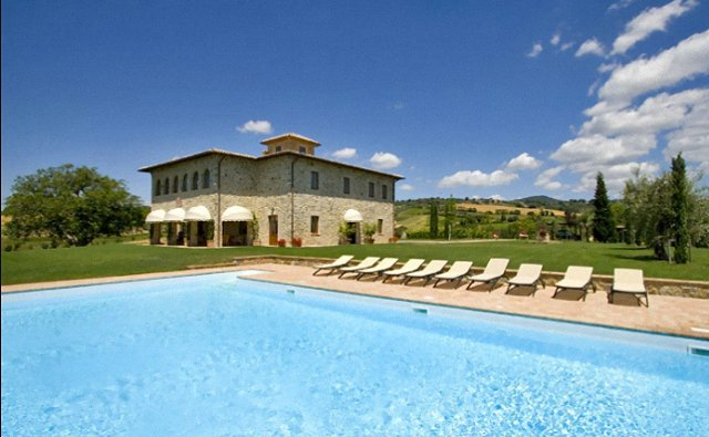 Italy Villas. Most Offer Pools,Chef & Maid Service
